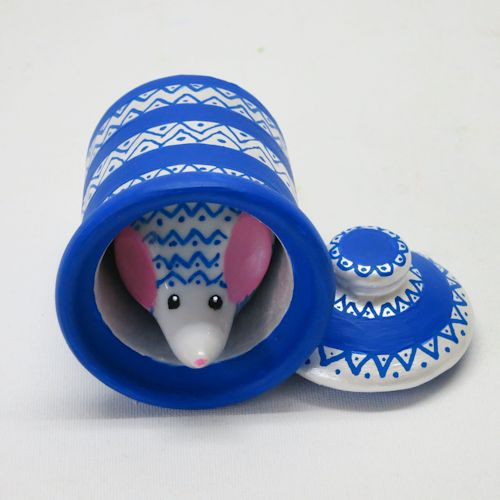 <p> Mouse House (porcelain, china, acylics, varnish) <br /> On exhibit in our Nat'l Mouse Museum (H3 x 2W x 2D&Prime; </p><div class = 'ball'><img src = 'assets/img/spacer.jpg'></div>